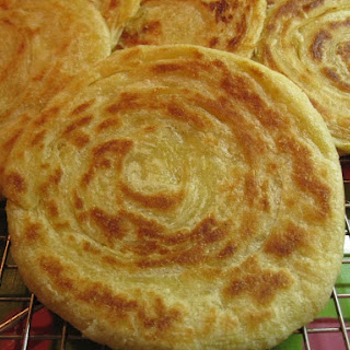 Moroccan Meloui Recipe - Round Moroccan Pancake (Rghaif).