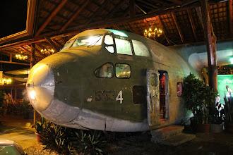 Photo: Nächste Station: Quepos. Da wo man die Flugzeuge am Berg parkt.