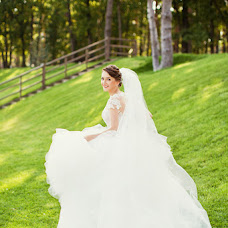 Wedding photographer Oksana Nazarchuk (aprilante). Photo of 30.01.2016