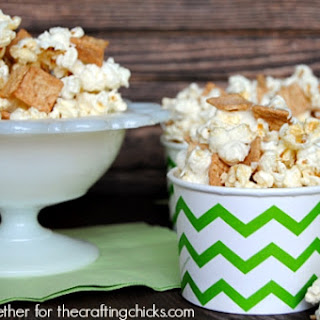 Cinnamon Toast Crunch White Chocolate Popcorn