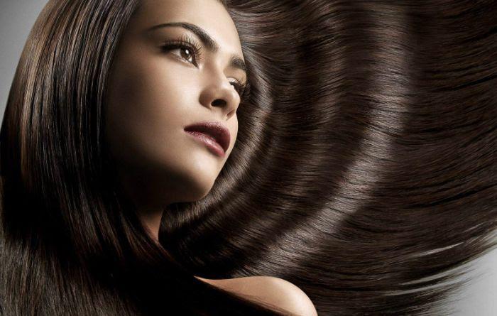 Uống nước ấm làm mái tóc chắc khỏe