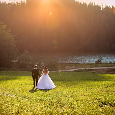 Wedding photographer Mihai Medves (MihaiMedves). Photo of 03.02.2018