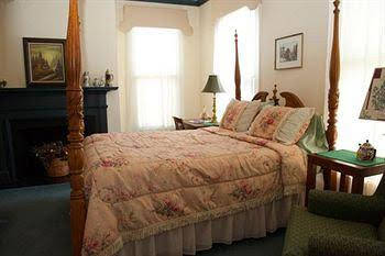 Meadows Inn Bed & Breakfast