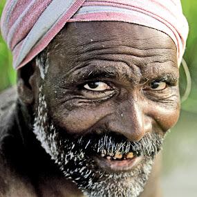 Smile at work!! by Saravanakumar Thangavelu - People Portraits of Men