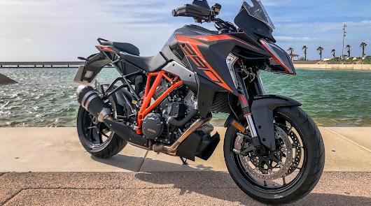 KTM 1290 SUPER DUKE GT una moto que te enamorará cada día más