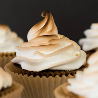 Easy Marshmallow Frosting.