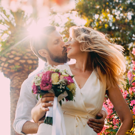 Wedding photographer Anna Vashura (Vashura). Photo of 13.12.2017