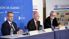 Gabriel Amat (centro), José Díaz (izquierda) y Francisco Javier Hidalgo (derecha).