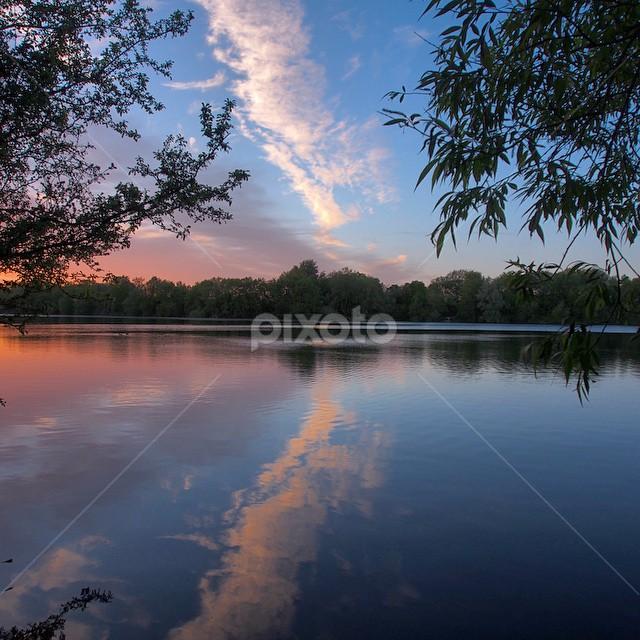 by Alexander Golev - Instagram & Mobile iPhone ( Cotswolds, waterpark, lake, reflection, sunset, landscape )