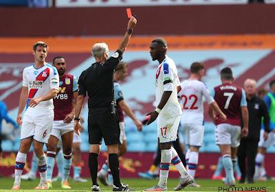 Christian Benteke expulsé après le coup de sifflet final face à Aston Villa