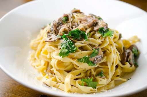 Fresh Pasta with Mushroom Cream Sauce