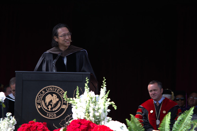 """Photo: Mako Fujimura delivers his commencement message, """"What Do You Want to Make Today?"""""""