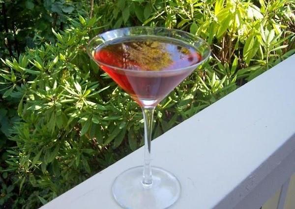 Linda's Pomegranate Blueberry Martini Recipe