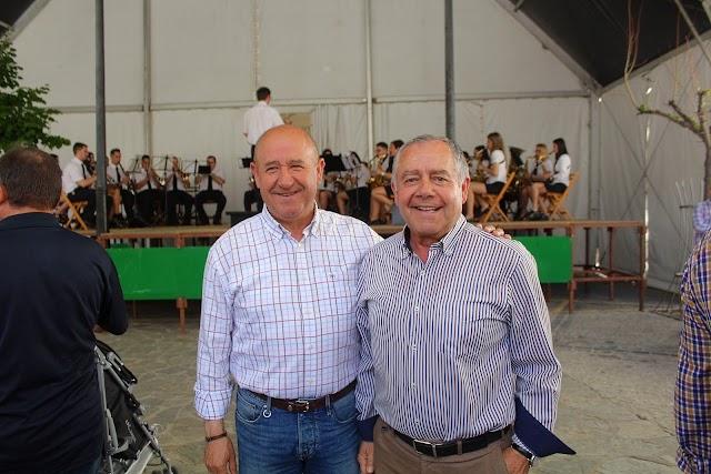 El alcalde de Abrucena, Antonio Torres, y José María Ávalos.