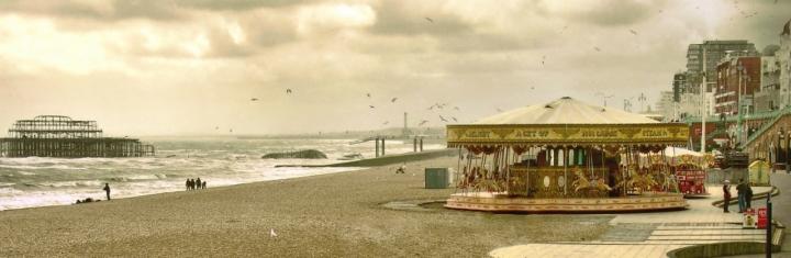 MerryGoRound by the sea di nobiwan