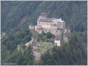 Photo: la fortaleza de Hohenwerfen( Austria) http://www.viajesenfamilia.it/