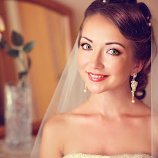 Wedding photographer Irina Lyubimova-Zhvakova (Hotfoto). Photo of 16.04.2015