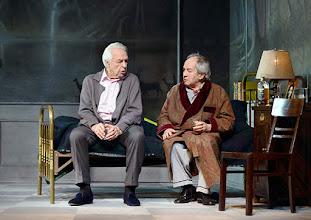 Photo: WIEN/ Kammerspiele der Josefstadt: SCHON WIEDER SONNTAG - zum 85 Geburtstag von Otto Schenk. Inszenierung: Helmut Lohner. Harald Serafin,Otto Schenk. Copyright: Barbara Zeininger
