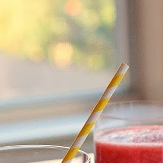Strawberry-Grapefruit Smoothies