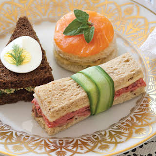 Roast Beef Tea Sandwiches with Horseradish Cream.