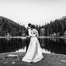 Wedding photographer Nazar Mykas (Nazik). Photo of 24.12.2017