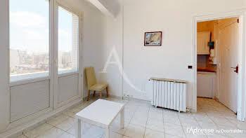 Studio 18,12 m2