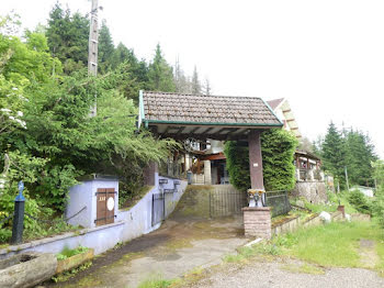 propriété à Haut-du-them-chateau-lambert (70)
