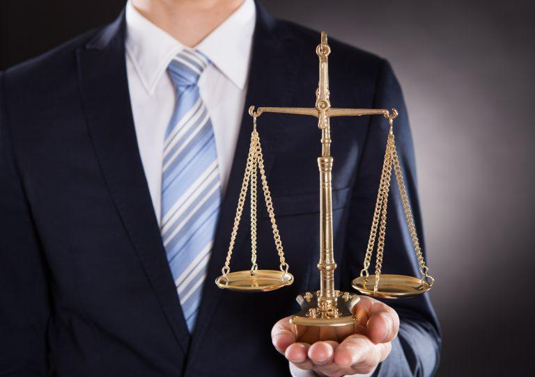 اهمیت وکیل طلاق