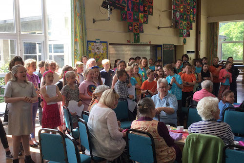 Multi-aged singing group helps dementia sufferers