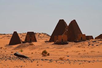 Photo: Die ältesten Pyramiden in Meroe