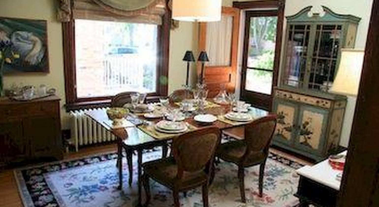 The Caversham House Bed & Breakfast