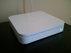 Photo: Apple AirPort Extreme Base Station
