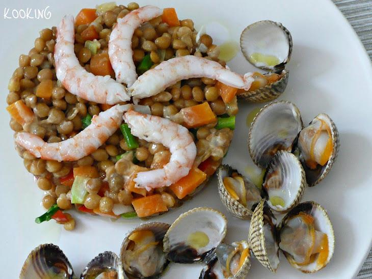 Lentil Salad with Vegetables and Shrimp