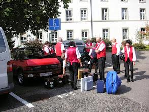 Photo: Besammlung auf dem Parkplatz
