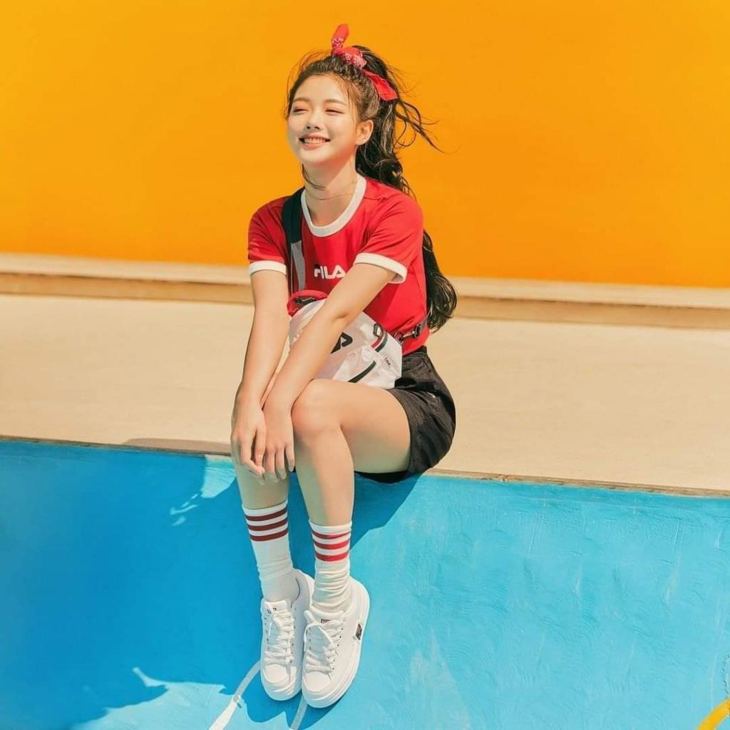 kim yoo jung summer abs 2