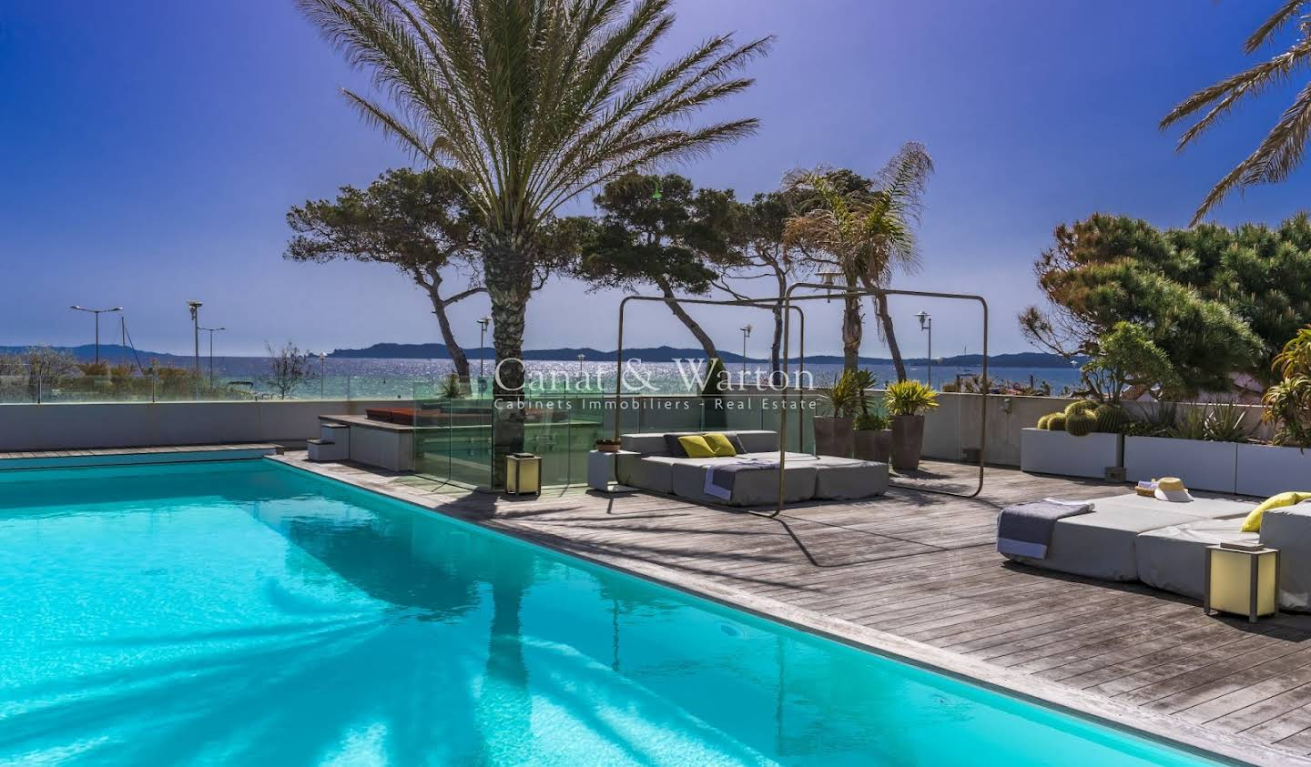 Villa with pool and terrace Hyeres plage