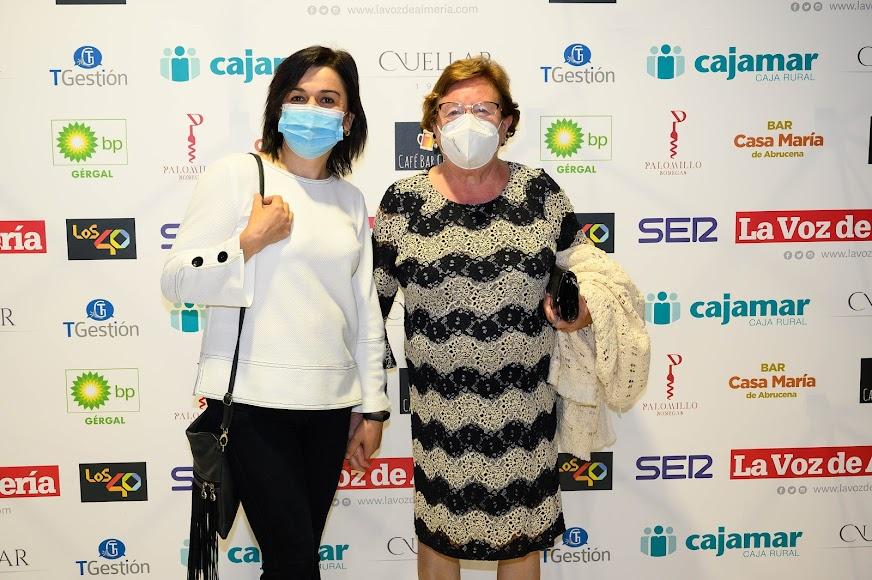 Cristina Dobinca y María Ramos de Casa María en Abrucena asistieron al acto.