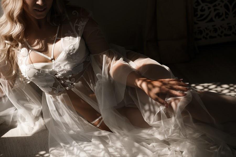 Wedding photographer Yana Vysockaya (YanaVysotskaya). Photo of 01.02.2019
