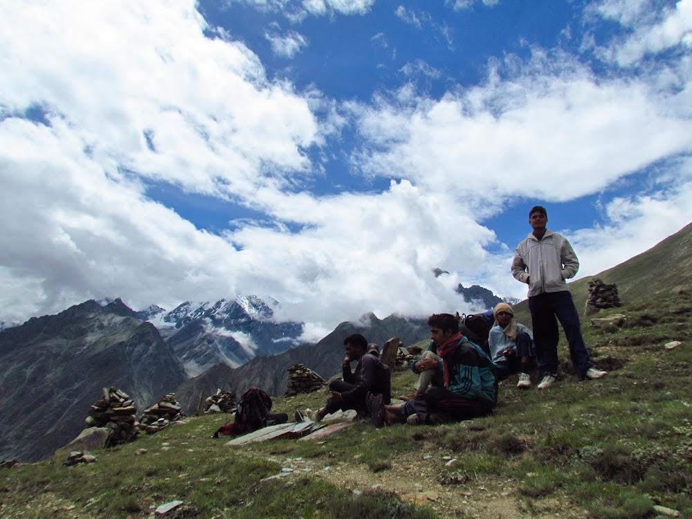 best-thrilling-activities-india-kinner-kailash-trek_image