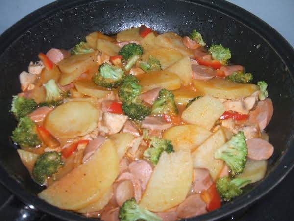 Chicken-sausage Potato-broccoli In Skillet Recipe