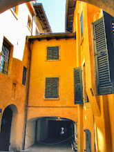Photo: A #yellow street in Gardone Riviera - Italy  #lakegarda  #lagodigarda  #ilvittoriale   +Heidi Bouman, you like the color? ;-)