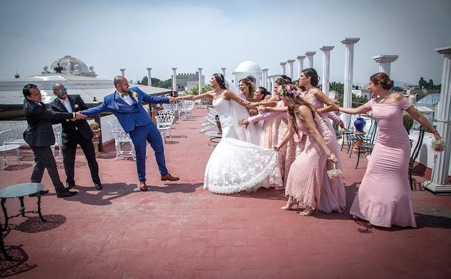Fotógrafo de bodas Cuauhtémoc Bello (flashbackartfil). Foto del 02.06.2017
