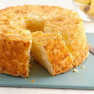 2-Ingredient Weight Watchers Pineapple Angel Food Cake