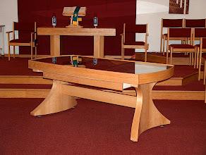 Photo: Presbyterian Church table