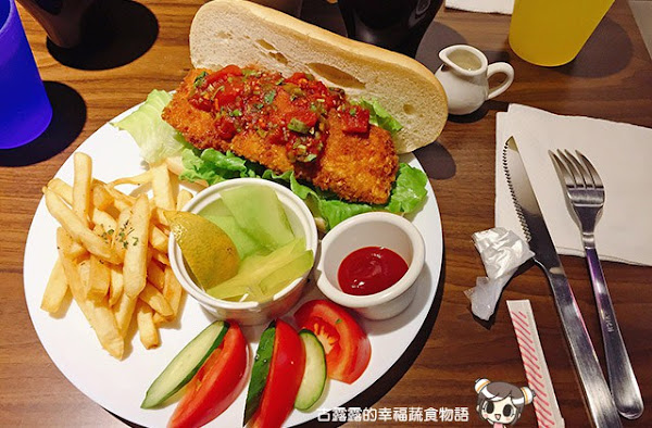 【新北】貓嘰咕,貓咪世界的蔬食餐廳