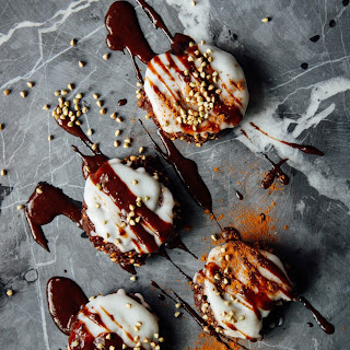BANANA BREAD COOKIES with COCONUT CREAM + CHOCOLATE SAUCE