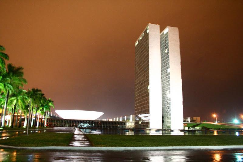 Photo: Praça dos Três Poderes, Brasília
