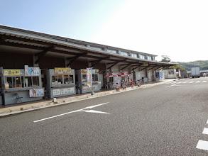 Photo: レンタカーを借りて福岡を出発。夜中に道の駅に着き、野宿。