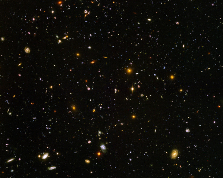 Hubble sees galaxies galore