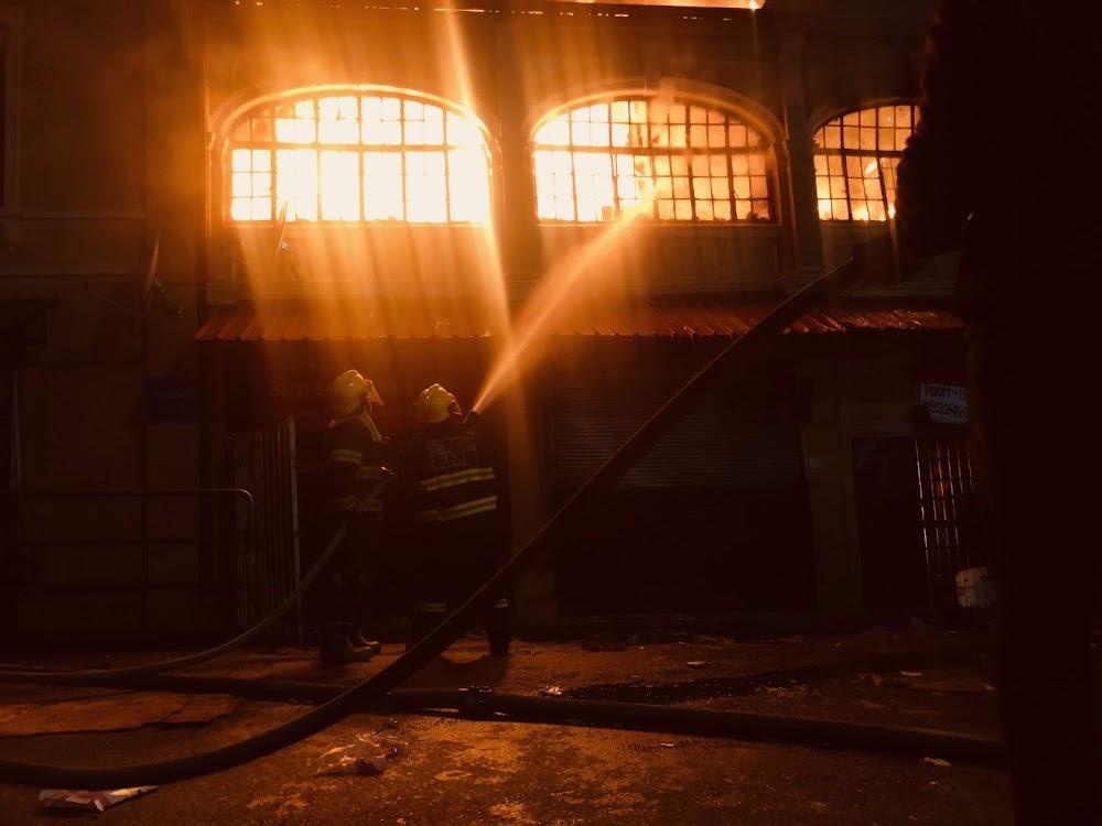 Massiewe vuur ruk deur die Jeppestown-gebou - SowetanLIVE Sunday World